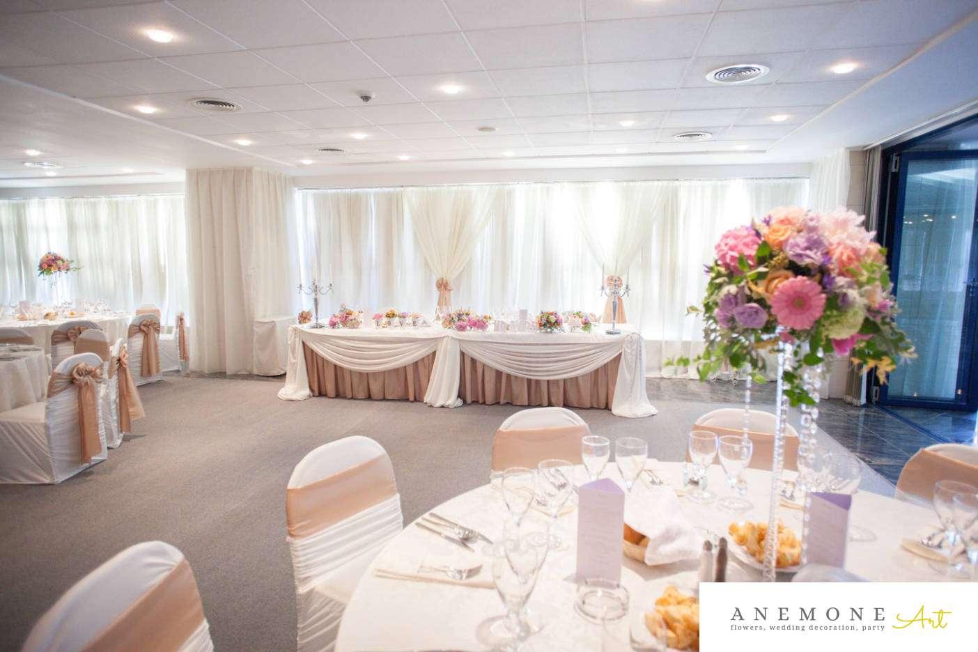 Poza, foto cu Flori de nunta decor masa, decor sala, hotel continental, prezidiu in Arad, Timisoara, Oradea (wedding flowers, bouquets) nunta Arad, Timisoara, Oradea