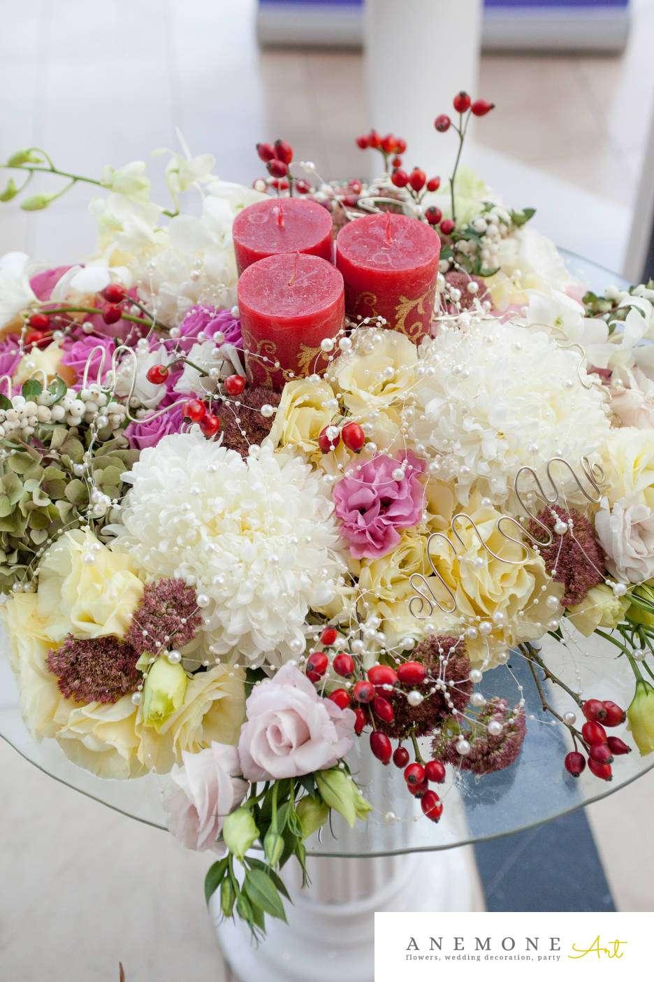 Poza, foto cu Flori de nunta decor colt photo, decor sala, lumanare in Arad, Timisoara, Oradea (wedding flowers, bouquets) nunta Arad, Timisoara, Oradea