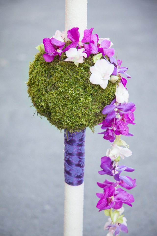 Poza, foto cu Flori de nunta curgator, dendrobium, glob, lumanare cununie, mokara, muschi, orhidee in Arad, Timisoara, Oradea (wedding flowers, bouquets) nunta Arad, Timisoara, Oradea