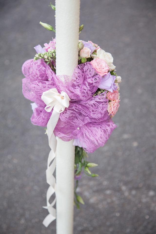 Poza, foto cu Flori de nunta asimetric, detaliu, lumanare cununie, pastel in Arad, Timisoara, Oradea (wedding flowers, bouquets) nunta Arad, Timisoara, Oradea