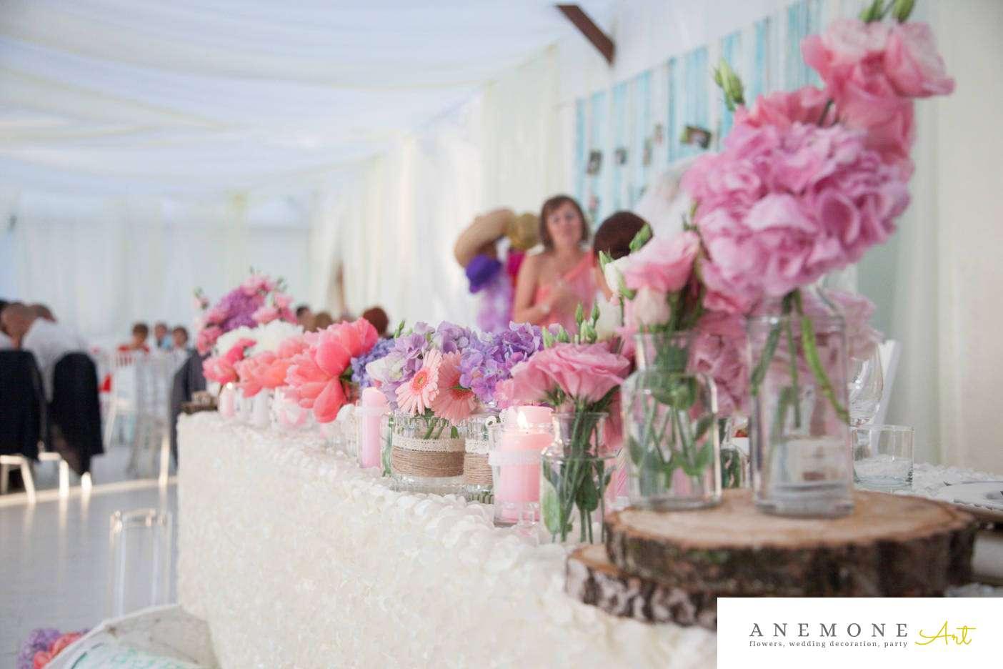 Poza, foto cu Flori de nunta borcane, lemn, mov, pastel, prezidiu, roz, vintage in Arad, Timisoara, Oradea (wedding flowers, bouquets) nunta Arad, Timisoara, Oradea