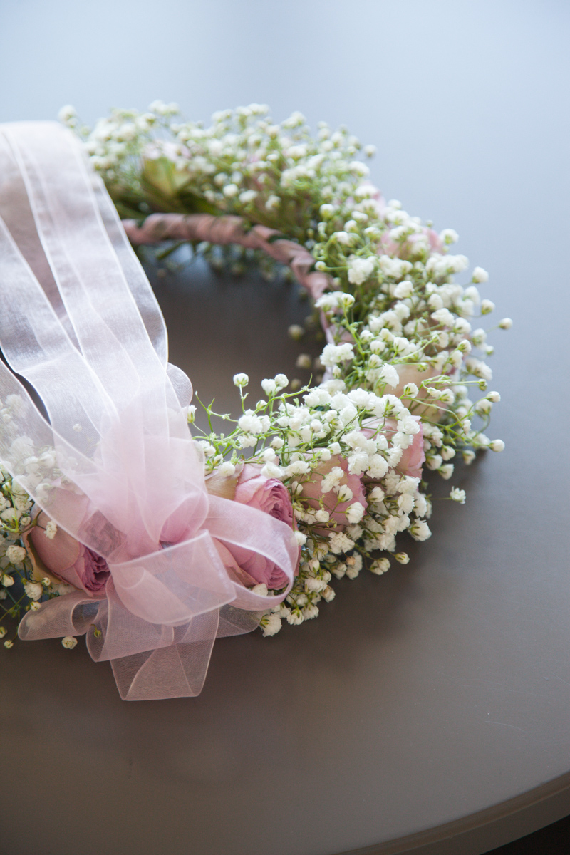 Poza, foto cu Flori de nunta aranjament par, coronita, gipsofila, trandafiri englezesti in Arad, Timisoara, Oradea (wedding flowers, bouquets) nunta Arad, Timisoara, Oradea