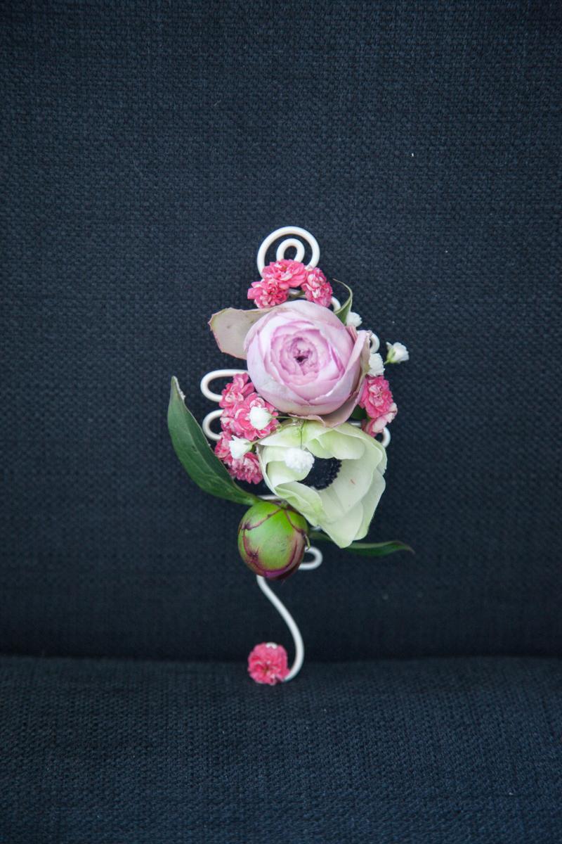 Poza, foto cu Flori de nunta anemone, bujori, cocarda, roz, trandafiri englezesti in Arad, Timisoara, Oradea (wedding flowers, bouquets) nunta Arad, Timisoara, Oradea