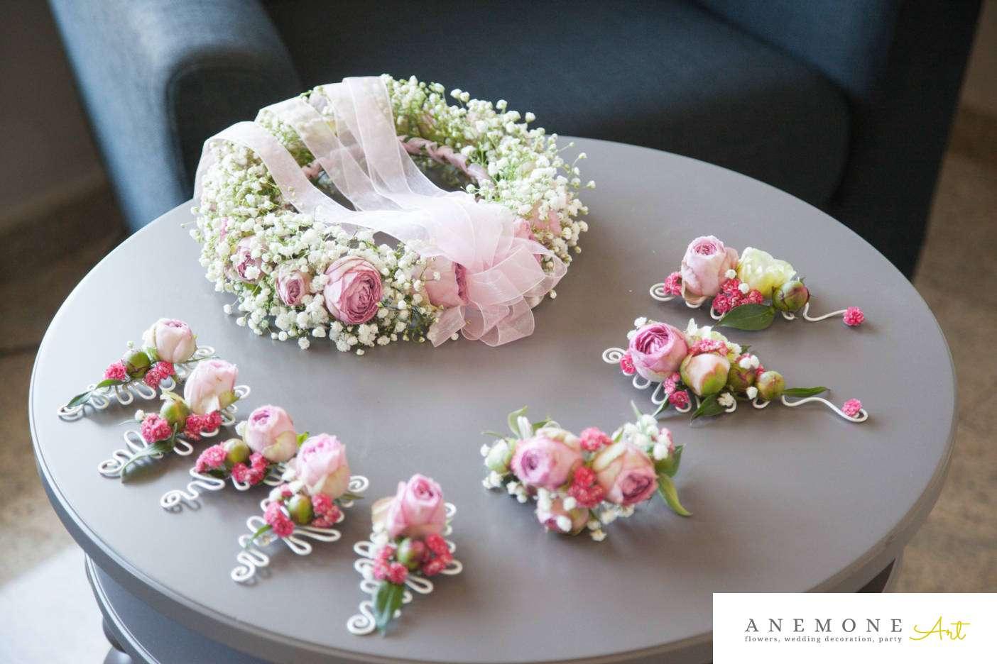 Poza, foto cu Flori de nunta anemone, bujori, cocarda, coronita, roz, trandafiri englezesti in Arad, Timisoara, Oradea (wedding flowers, bouquets) nunta Arad, Timisoara, Oradea