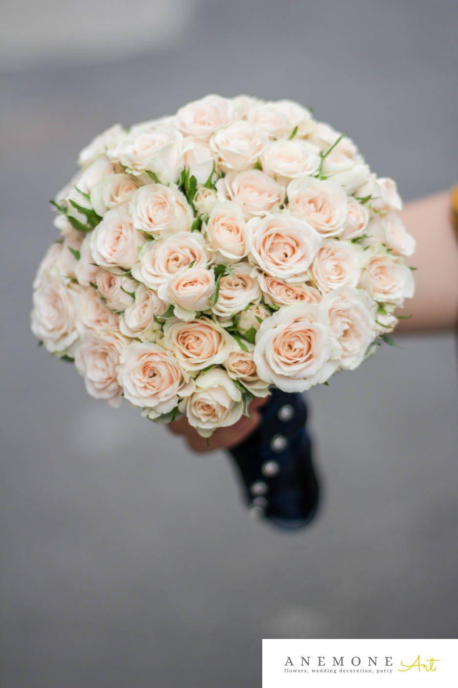 Poza, foto cu Flori de nunta buchet mireasa, mini-rosa, piersica, rotund in Arad, Timisoara, Oradea (wedding flowers, bouquets) nunta Arad, Timisoara, Oradea