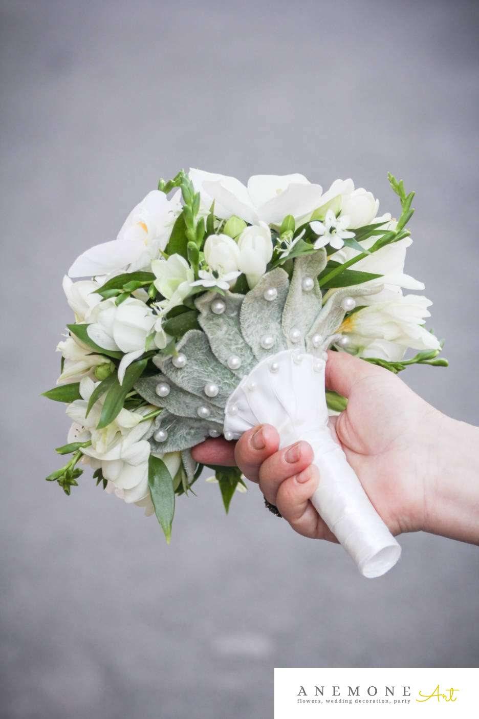 Poza, foto cu Flori de nunta buchet mireasa, frezii, lalele, maner buchet, orhidee in Arad, Timisoara, Oradea (wedding flowers, bouquets) nunta Arad, Timisoara, Oradea