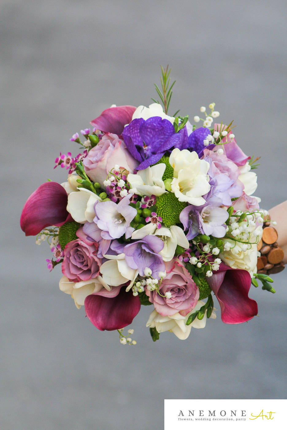 Poza, foto cu Flori de nunta buchet mireasa, calla, crizanteme, frezii, lacramioare, multicolor, orhidee, trandafiri in Arad, Timisoara, Oradea (wedding flowers, bouquets) nunta Arad, Timisoara, Oradea
