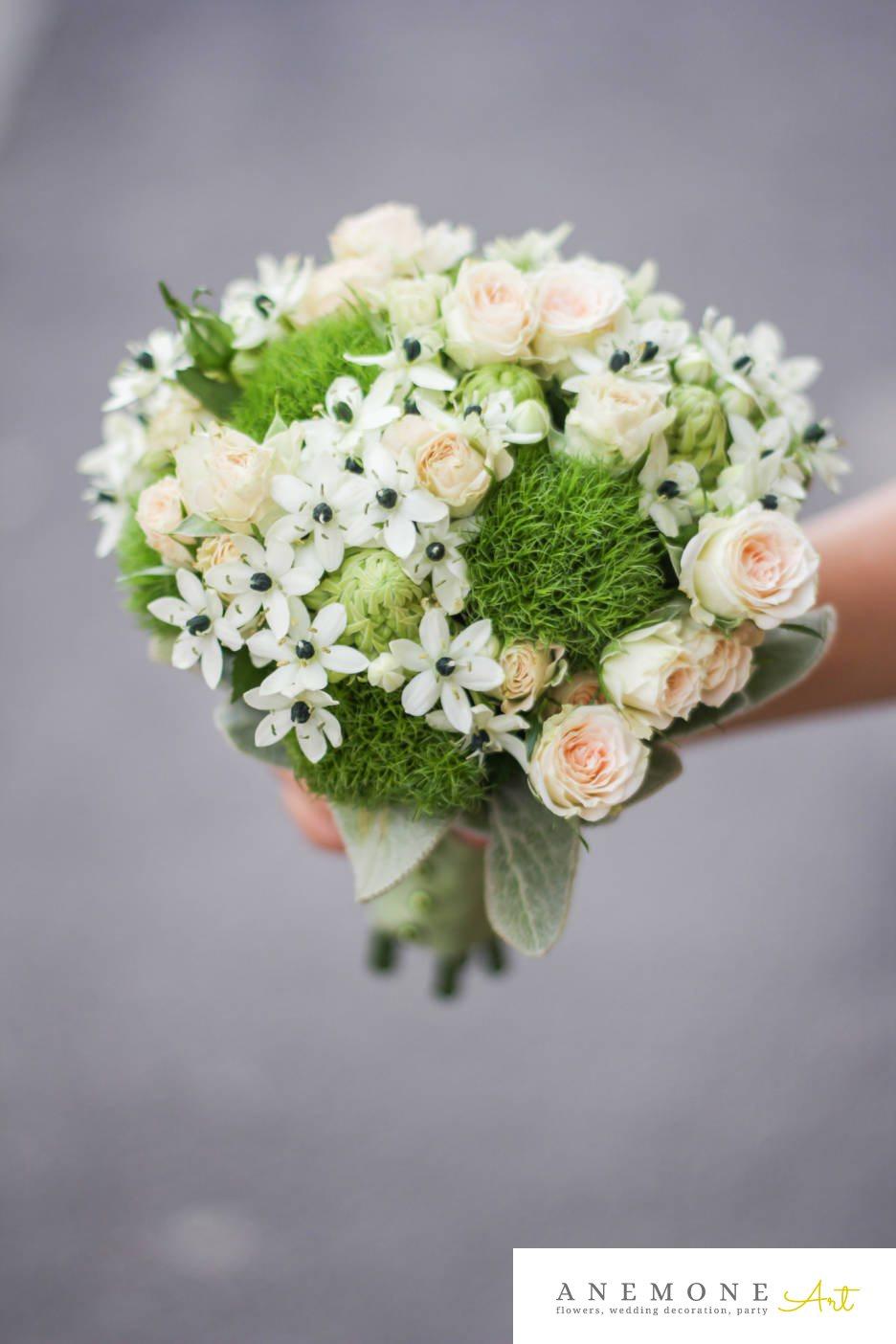 Poza, foto cu Flori de nunta alb, buchet mireasa, mini-rosa, muschi, ornitogallum, rotund, verde in Arad, Timisoara, Oradea (wedding flowers, bouquets) nunta Arad, Timisoara, Oradea