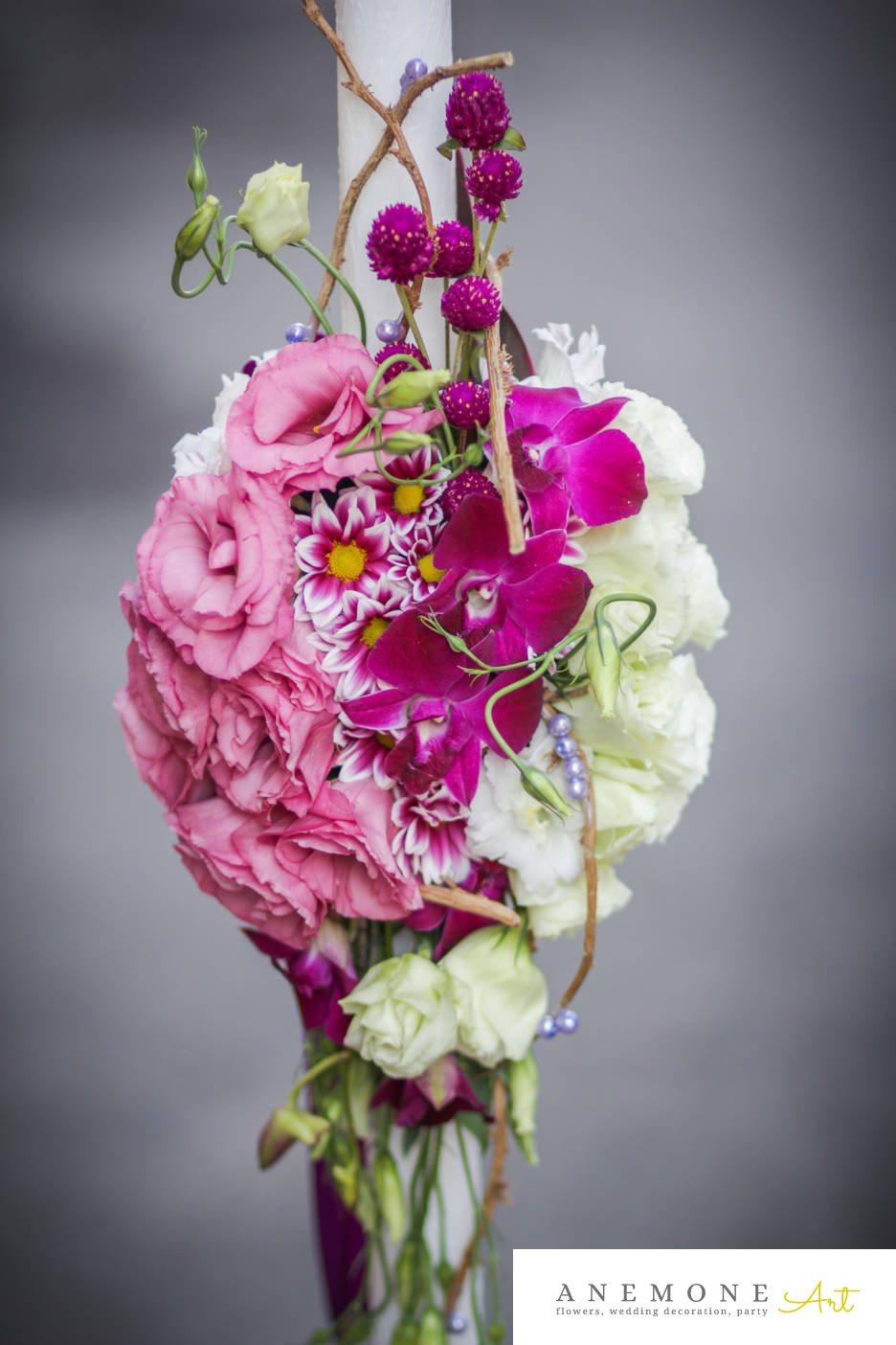 Poza, foto cu Flori de nunta alb, lisianthus, lumanare cununie, mini-gerbera, orhidee, perle, roz in Arad, Timisoara, Oradea (wedding flowers, bouquets) nunta Arad, Timisoara, Oradea