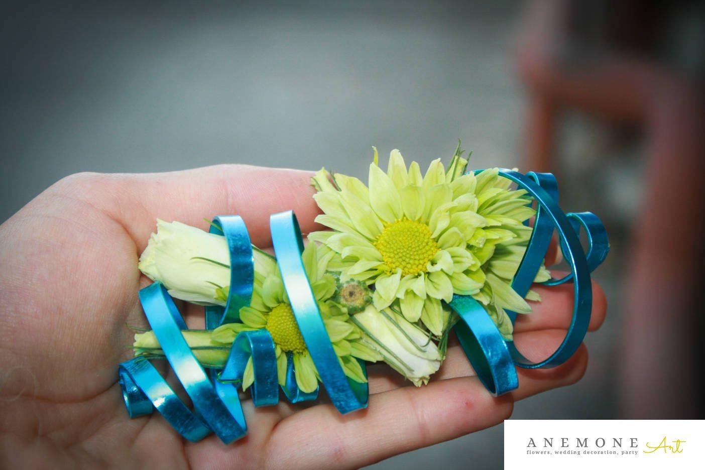 Poza, foto cu Flori de nunta albastru, aranjament par, lisianthus, mini-gerbera in Arad, Timisoara, Oradea (wedding flowers, bouquets) nunta Arad, Timisoara, Oradea