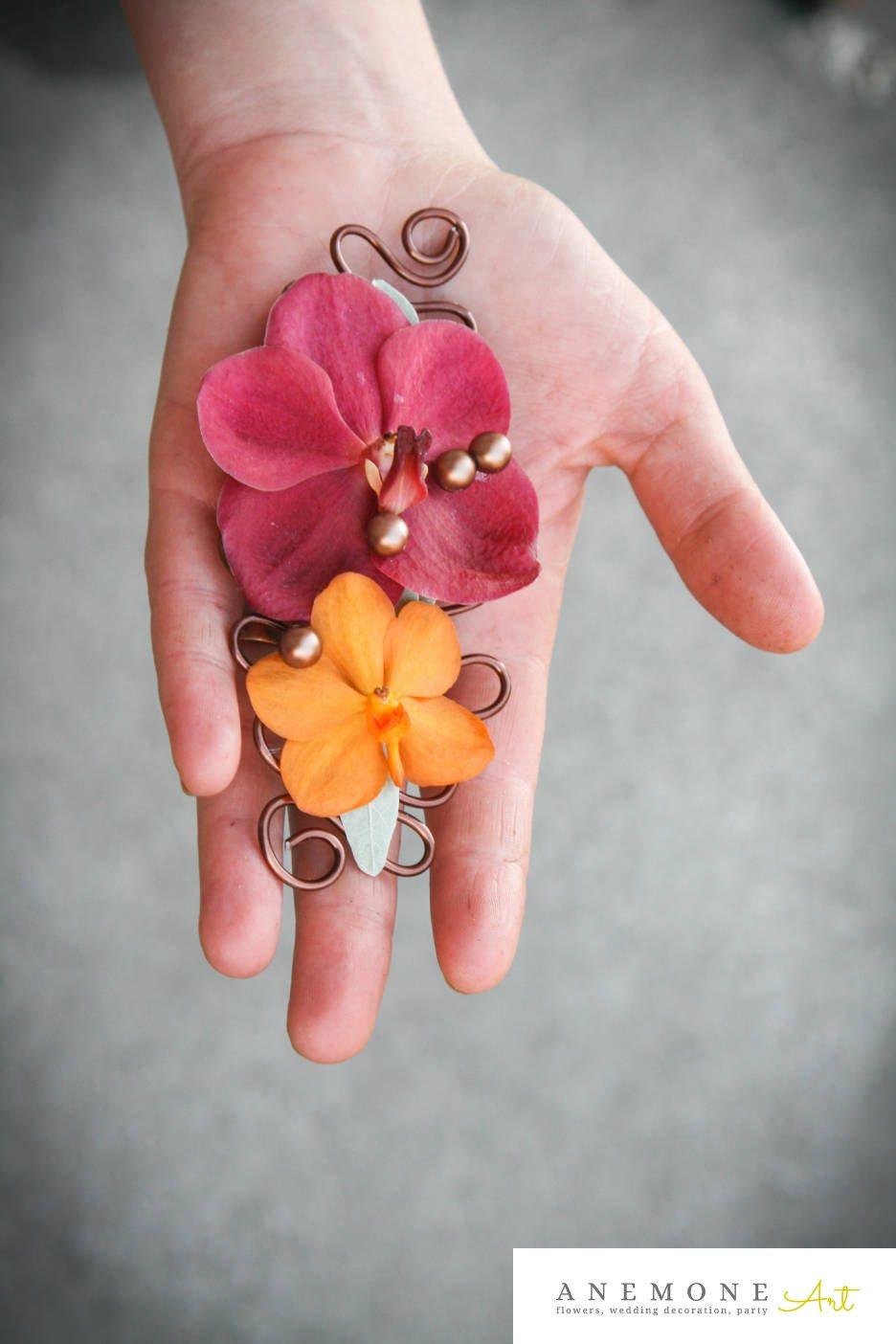 Poza, foto cu Flori de nunta aranjament par, orhidee, perle, portocaliu, roz in Arad, Timisoara, Oradea (wedding flowers, bouquets) nunta Arad, Timisoara, Oradea