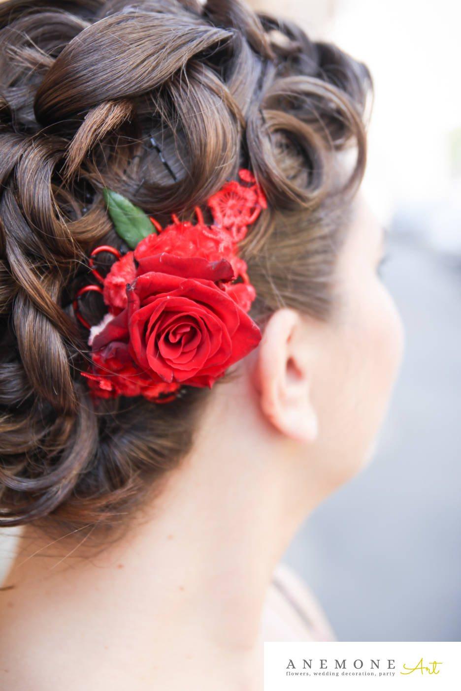 Poza, foto cu Flori de nunta aranjament par, dantela, rosu, trandafiri in Arad, Timisoara, Oradea (wedding flowers, bouquets) nunta Arad, Timisoara, Oradea
