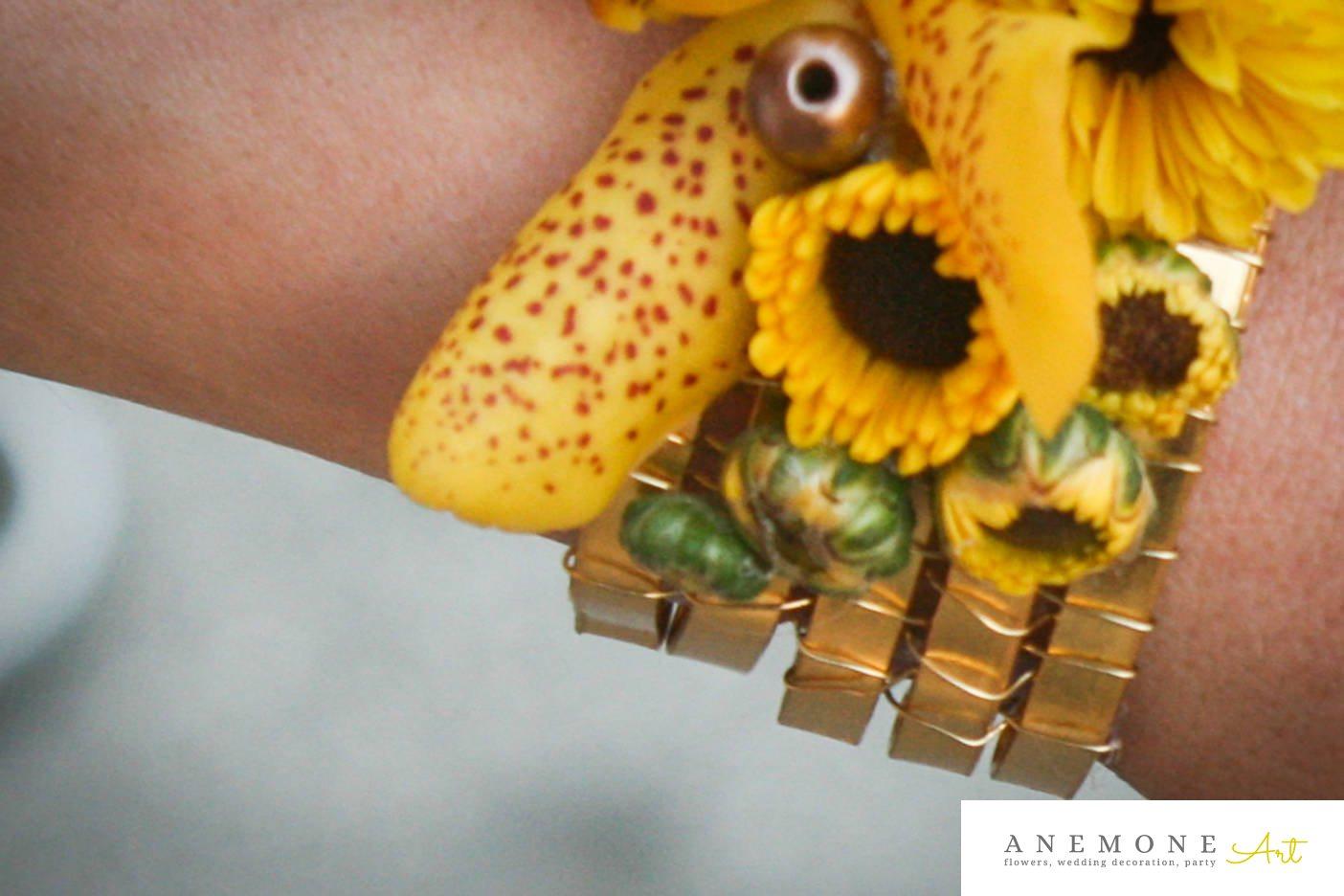 Poza, foto cu Flori de nunta bratara, galben, orhidee, perle in Arad, Timisoara, Oradea (wedding flowers, bouquets) nunta Arad, Timisoara, Oradea