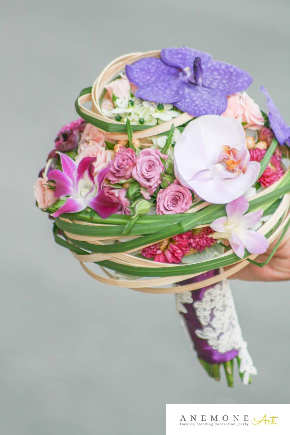Poza, foto cu Flori de nunta buchet mireasa, dalia, dantela, maner buchet, mini-rosa, multicolor, orhidee, ornitogallum, rotund in Arad, Timisoara, Oradea (wedding flowers, bouquets) nunta Arad, Timisoara, Oradea