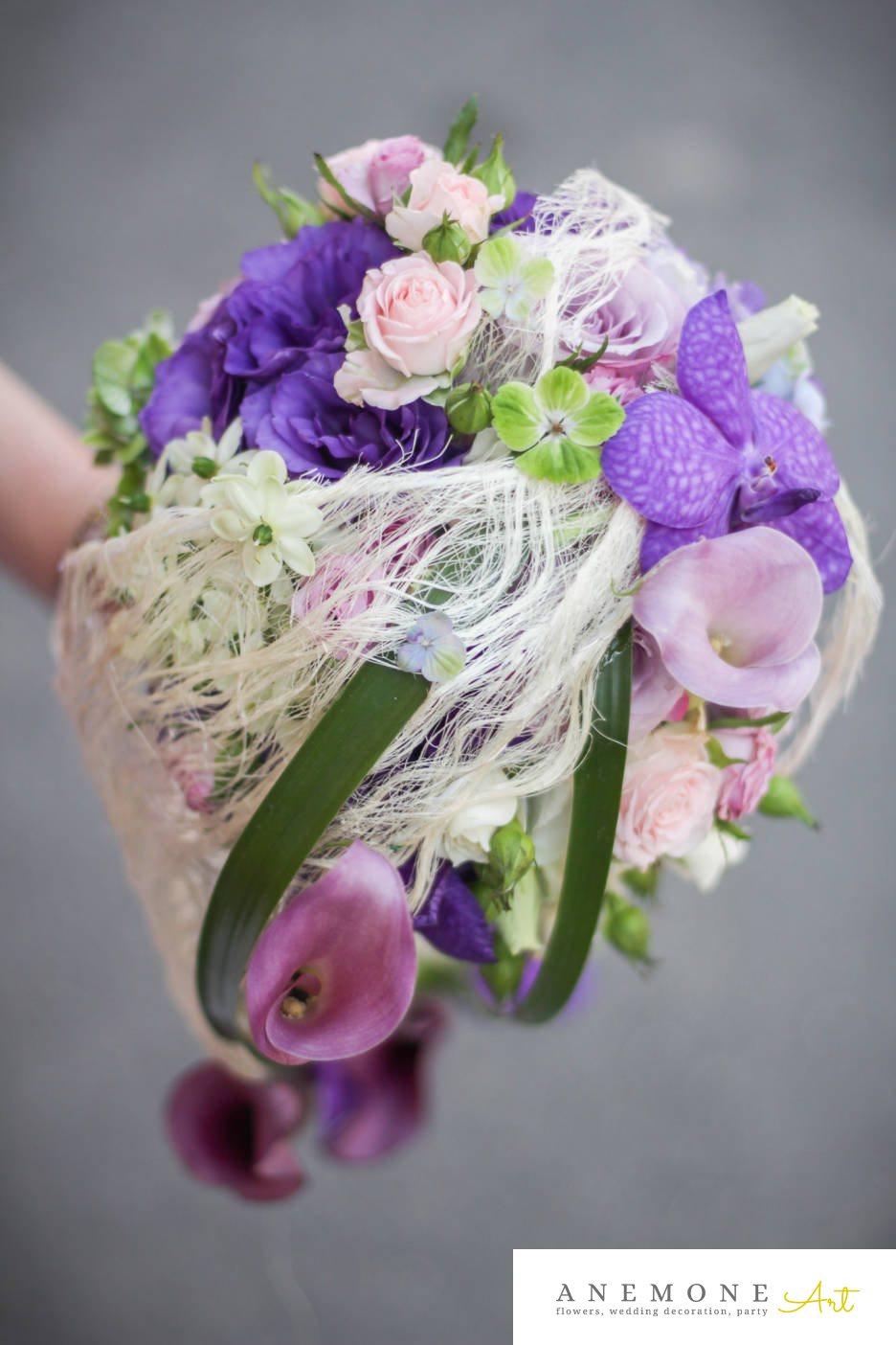 Poza, foto cu Flori de nunta alb, buchet mireasa, calla, curgator, mini-rosa, mov, orhidee, ornitogallum, roz, trandafiri in Arad, Timisoara, Oradea (wedding flowers, bouquets) nunta Arad, Timisoara, Oradea
