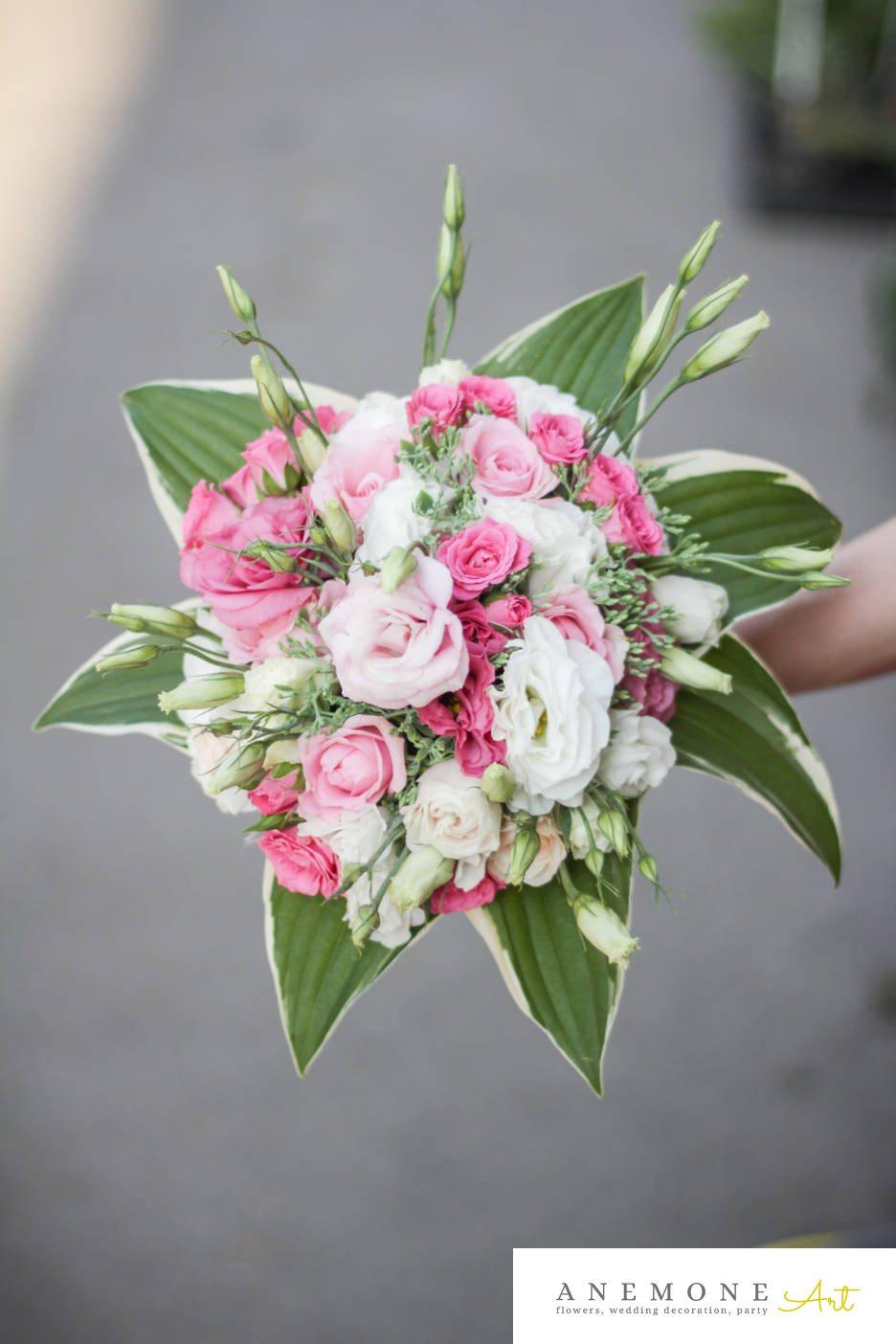 Poza, foto cu Flori de nunta alb, buchet cununie, lisianthus, mini-rosa, rotund, roz, trandafiri in Arad, Timisoara, Oradea (wedding flowers, bouquets) nunta Arad, Timisoara, Oradea
