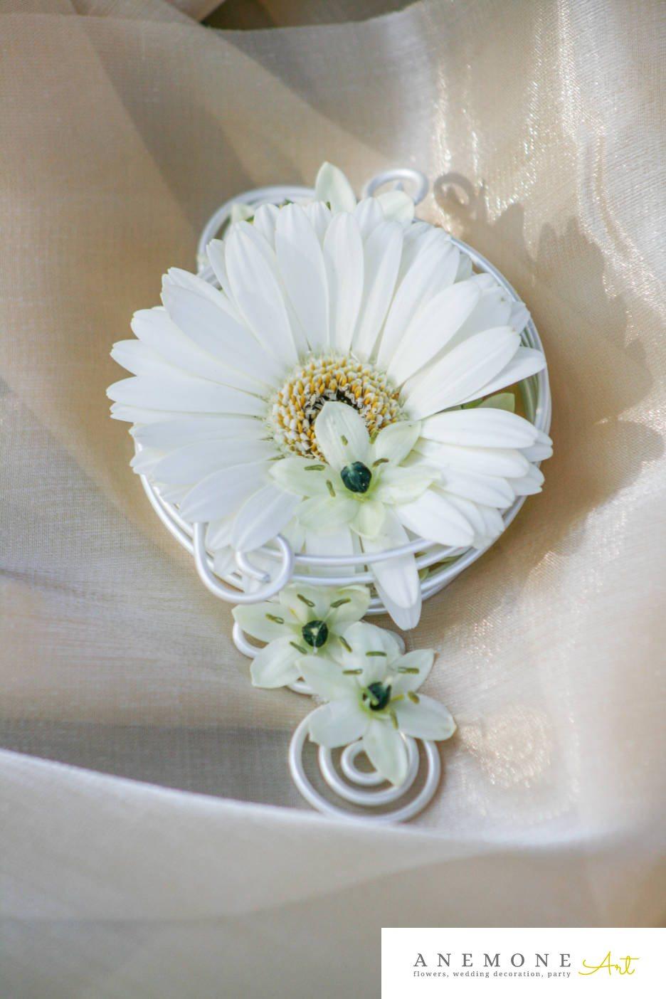 Poza, foto cu Flori de nunta alb, cocarda, mini-gerbera, mire, ornitogallum in Arad, Timisoara, Oradea (wedding flowers, bouquets) nunta Arad, Timisoara, Oradea