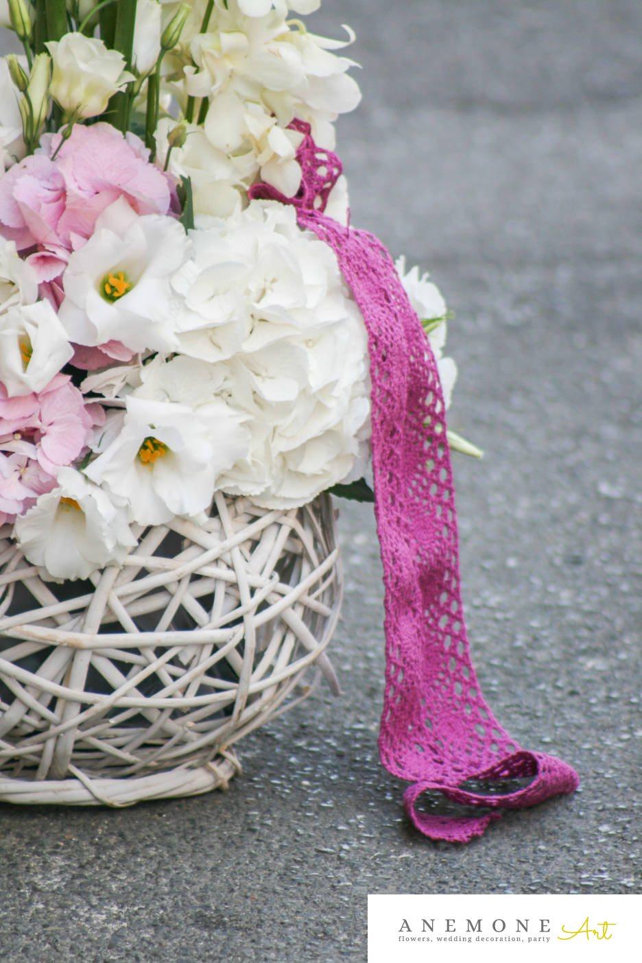 Poza, foto cu Flori de nunta cos flori, hortensia, lisianthus, orhidee in Arad, Timisoara, Oradea (wedding flowers, bouquets) nunta Arad, Timisoara, Oradea