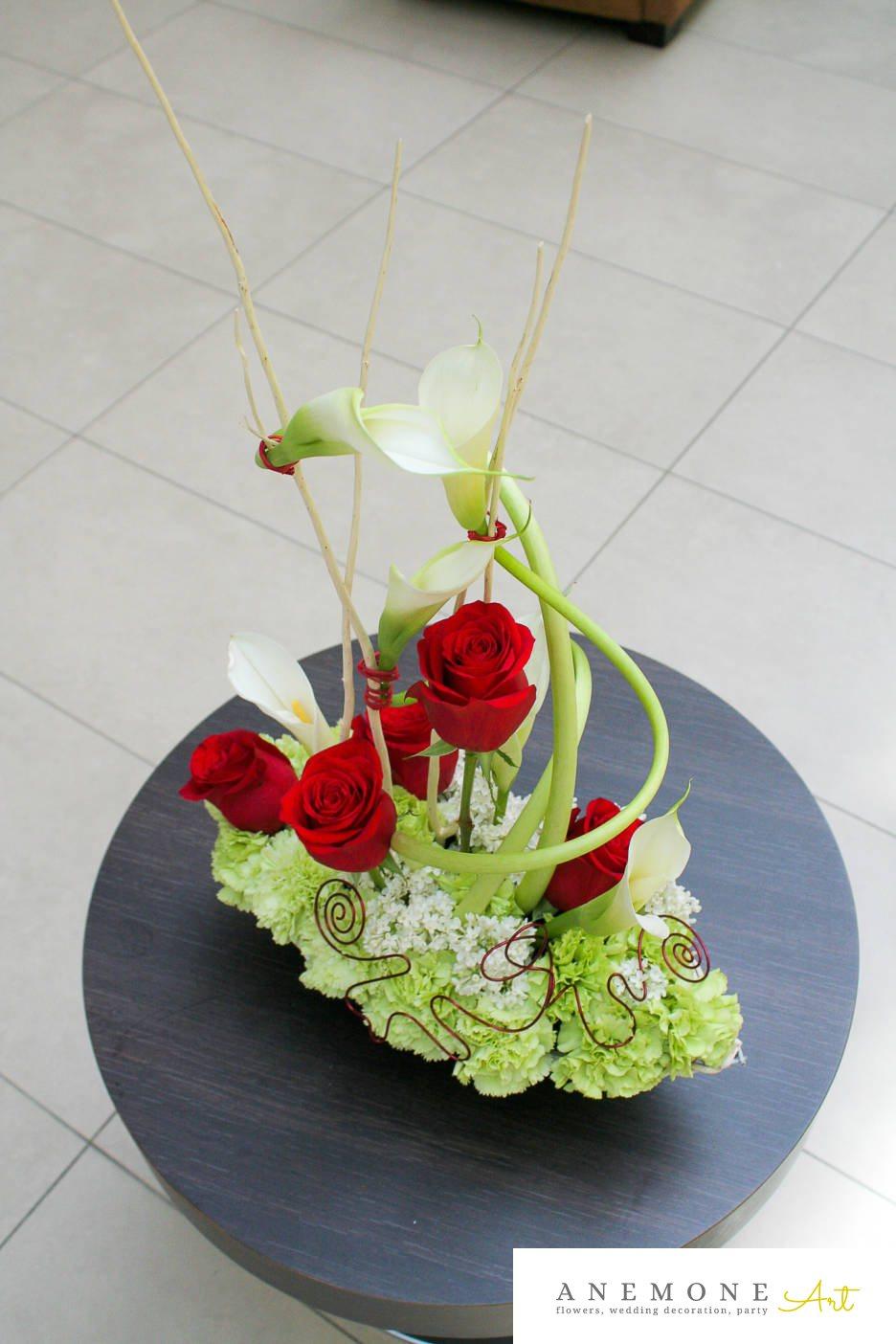 Poza, foto cu Flori de nunta alb, calla, decor masa, garoafe, rosu, trandafiri in Arad, Timisoara, Oradea (wedding flowers, bouquets) nunta Arad, Timisoara, Oradea