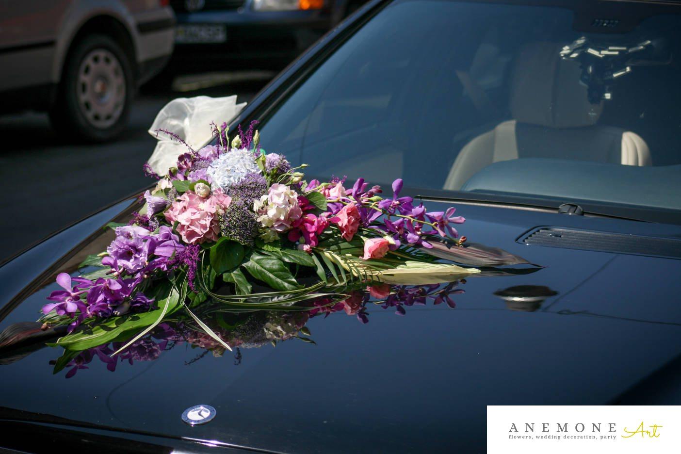 Poza, foto cu Flori de nunta asimetric, decor masina, hortensia, lisianthus, multicolor, orhidee in Arad, Timisoara, Oradea (wedding flowers, bouquets) nunta Arad, Timisoara, Oradea