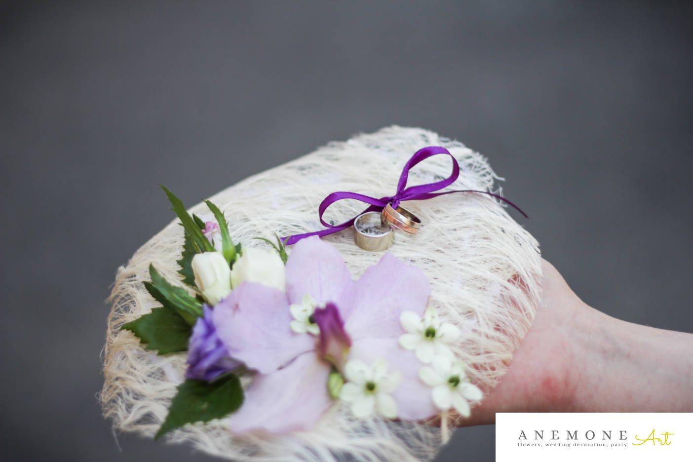 Poza, foto cu Flori de nunta orhidee, pernita verighete in Arad, Timisoara, Oradea (wedding flowers, bouquets) nunta Arad, Timisoara, Oradea