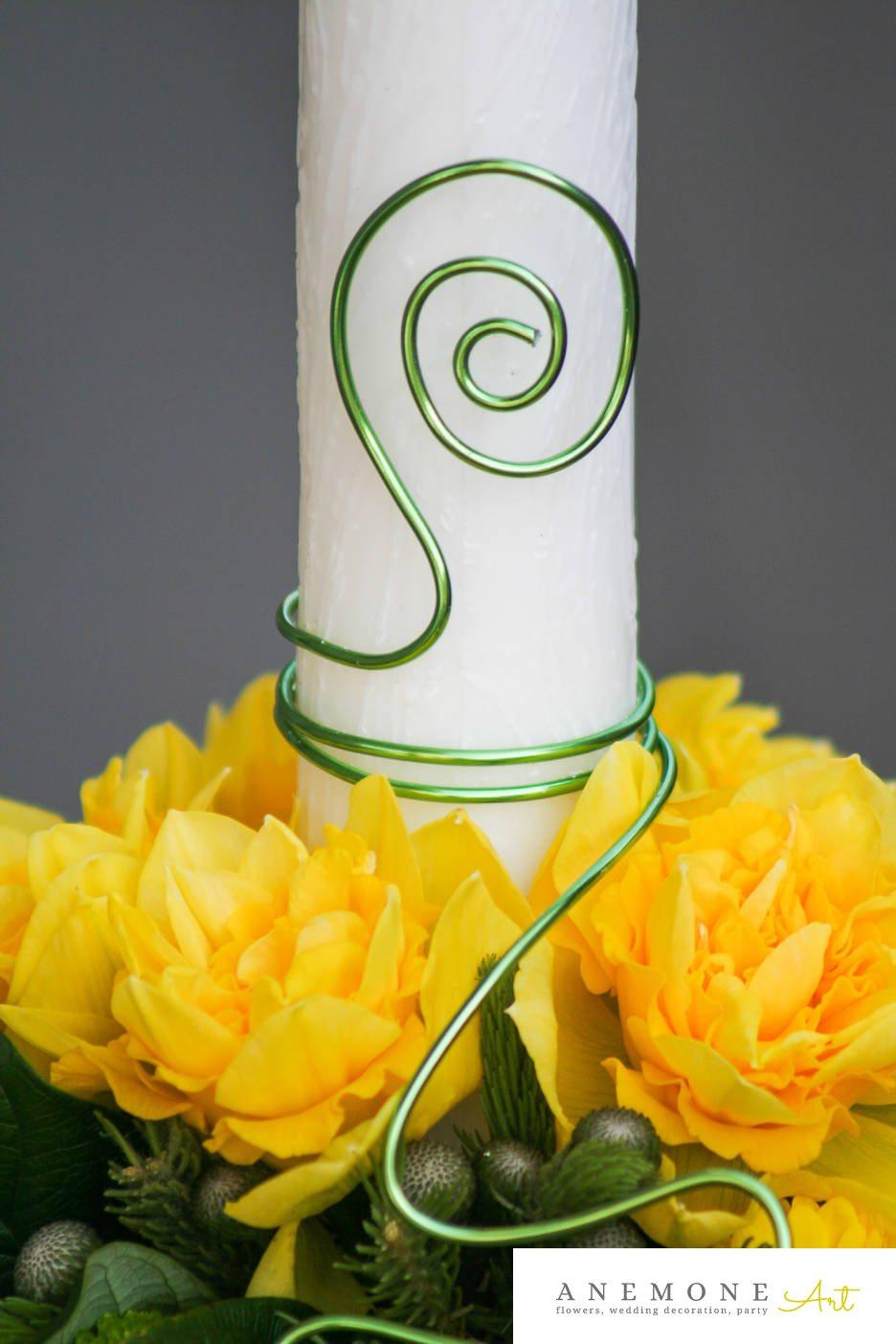 Poza, foto cu Flori de nunta galben, lumanare cununie, trandafiri in Arad, Timisoara, Oradea (wedding flowers, bouquets) nunta Arad, Timisoara, Oradea