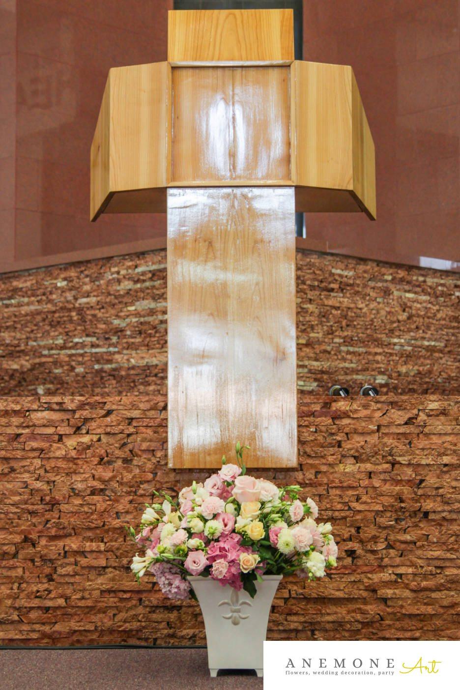 Poza, foto cu Flori de nunta alb, dalia, hortensia, roz, trandafiri, vaza in Arad, Timisoara, Oradea (wedding flowers, bouquets) nunta Arad, Timisoara, Oradea