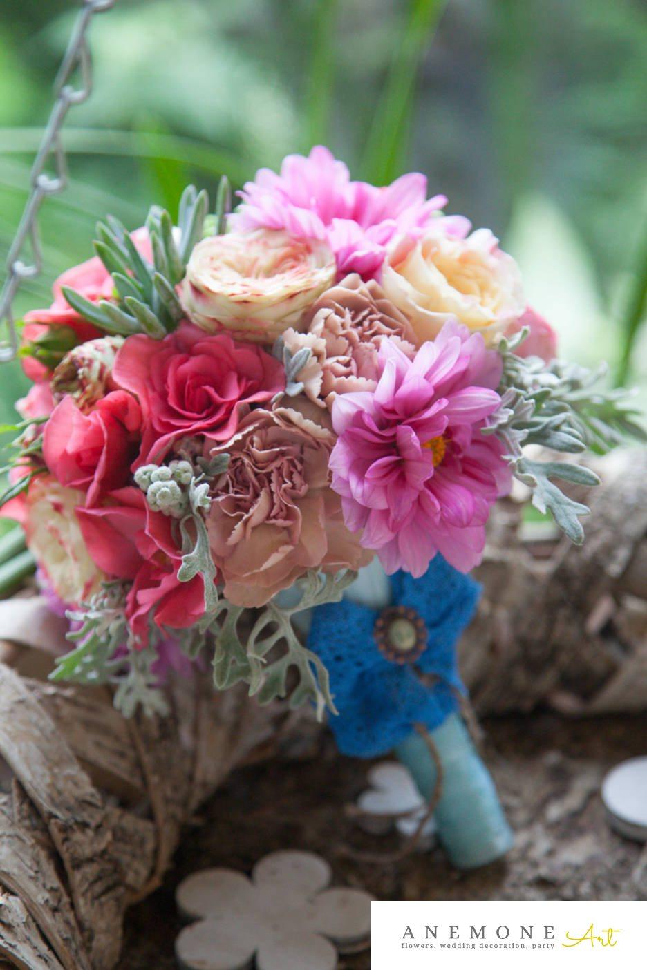 Poza, foto cu Flori de nunta buchet cununie, bujori, hortensia, maner buchet in Arad, Timisoara, Oradea (wedding flowers, bouquets) nunta Arad