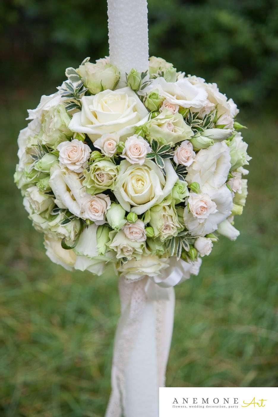 Poza, foto cu Flori de nunta alb, crem, dantela, lisianthus, lumanare cununie, mini-rosa, trandafiri in Arad, Timisoara, Oradea (wedding flowers, bouquets) nunta Arad, Timisoara, Oradea