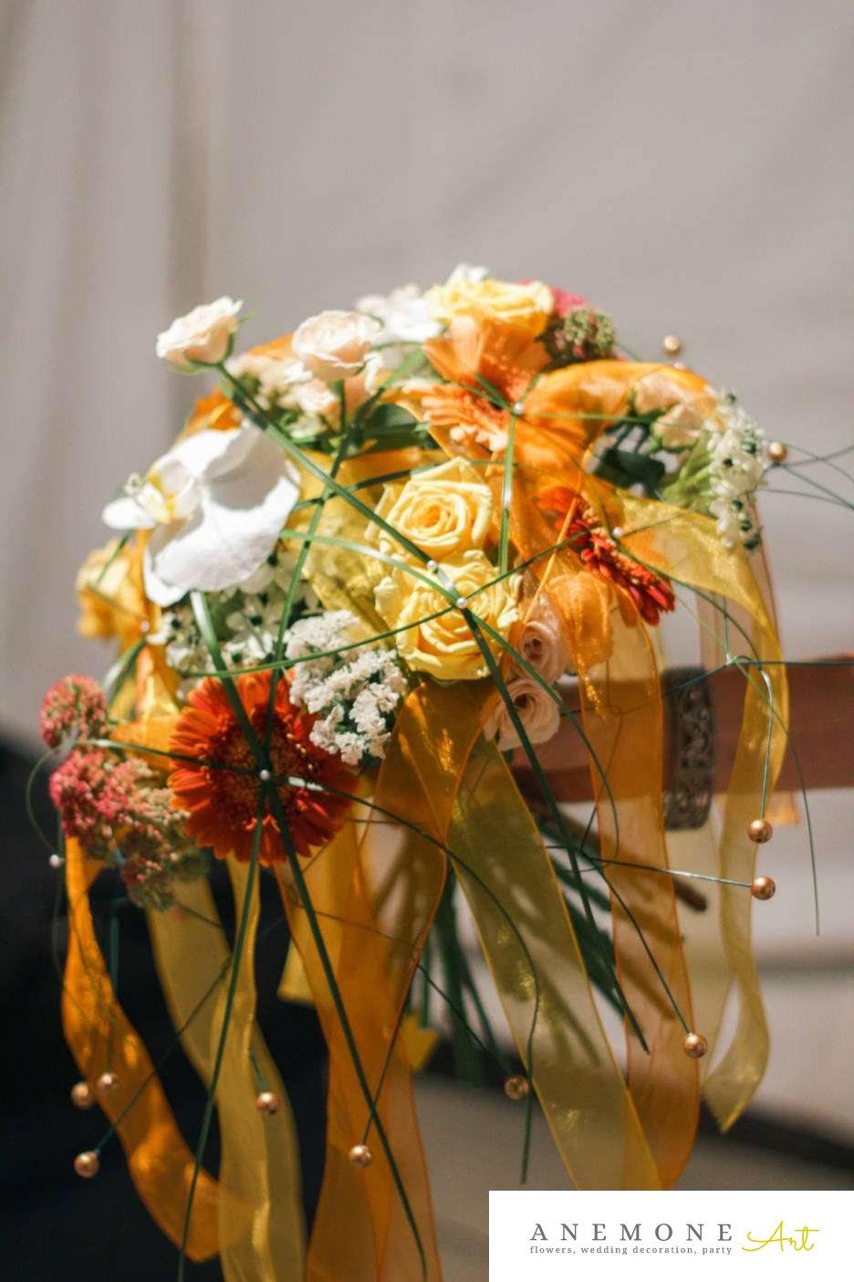 Poza, foto cu Flori de nunta buchet cadou, galben, gerbera, mini-rosa, orhidee, portocaliu, trandafiri in Arad, Timisoara, Oradea (wedding flowers, bouquets) nunta Arad, Timisoara, Oradea