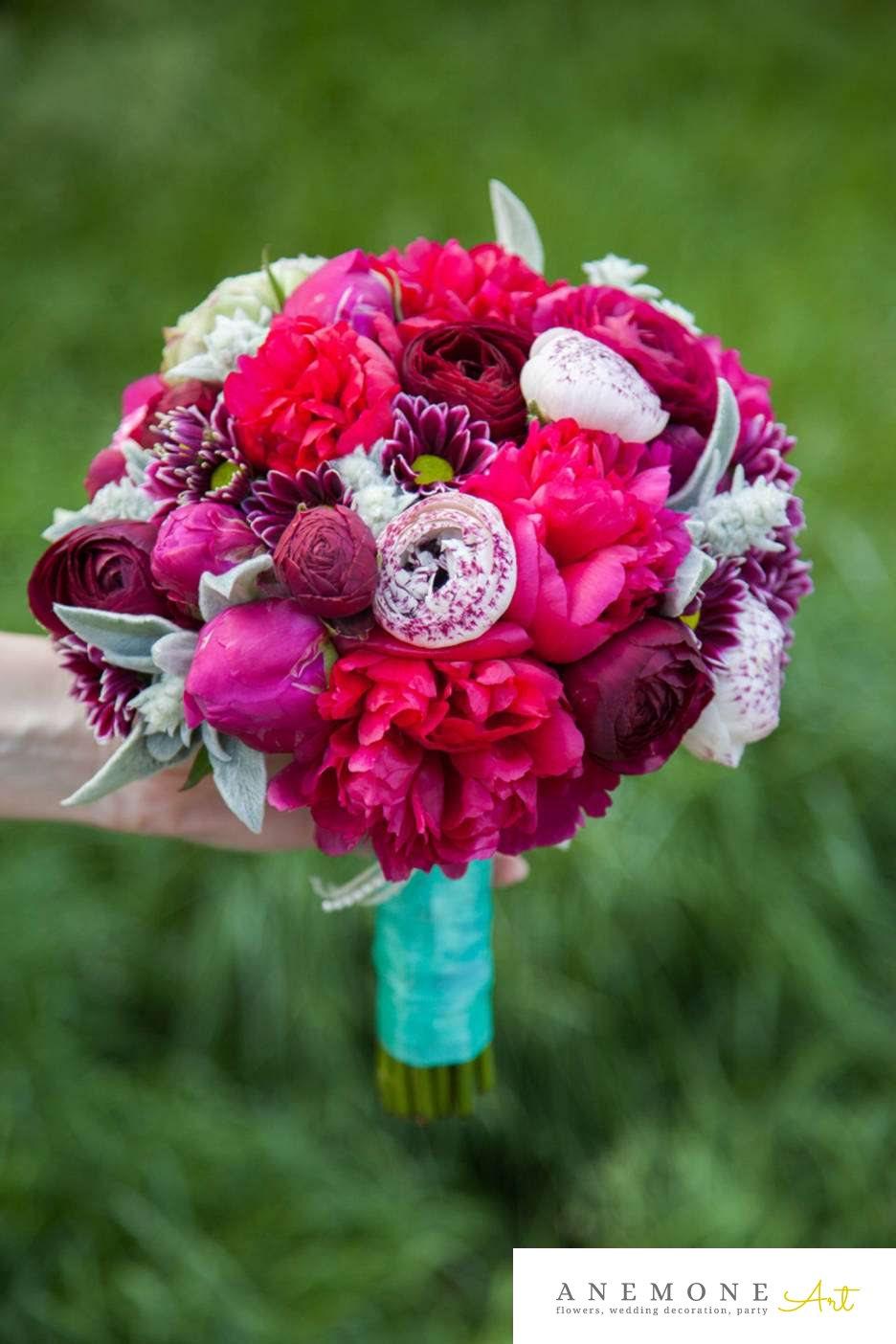 Poza, foto cu Flori de nunta buchet mireasa, bujori, maner buchet, ranunculus in Arad, Timisoara, Oradea (wedding flowers, bouquets) nunta Arad, Timisoara, Oradea