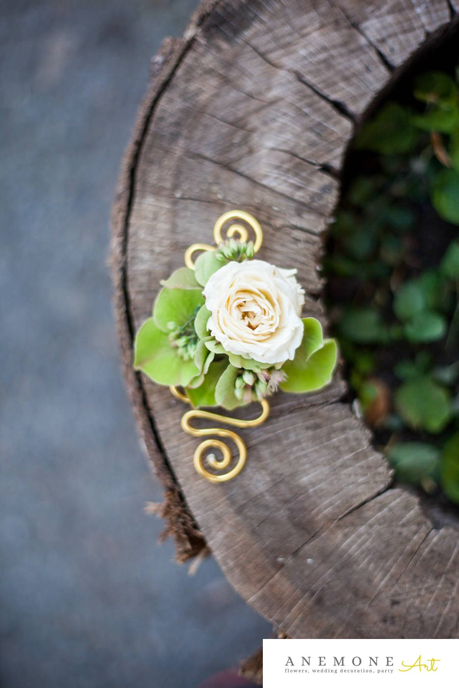 Poza, foto cu Flori de nunta alb, cocarda, mini-rosa, sebum in Arad, Timisoara, Oradea (wedding flowers, bouquets) nunta Arad, Timisoara, Oradea