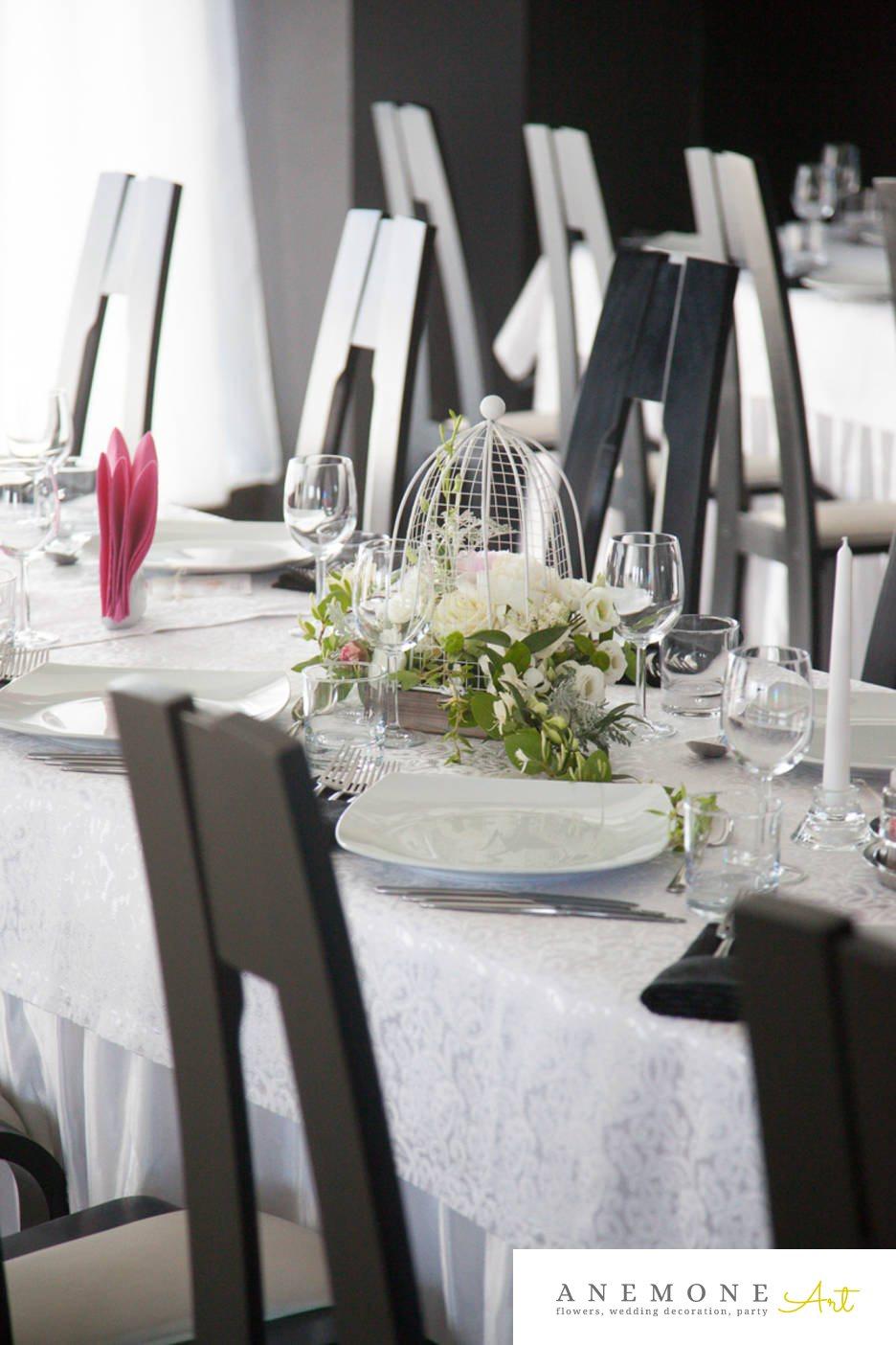 Poza, foto cu Flori de nunta colivie, decor masa, Joie de vivre, lisianthus in Arad, Timisoara, Oradea (wedding flowers, bouquets) nunta Arad