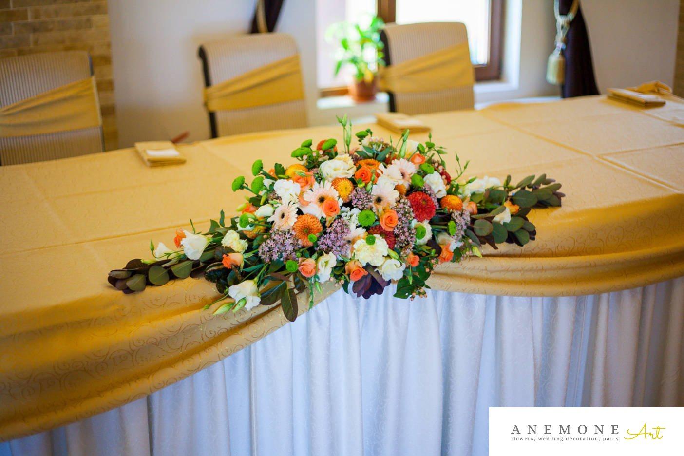 Poza, foto cu Flori de nunta lisianthus, prezidiu, restaurant subcetate arad in Arad, Timisoara, Oradea (wedding flowers, bouquets) nunta Arad, Timisoara, Oradea