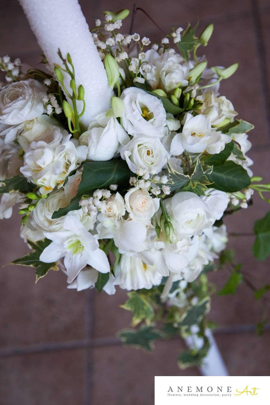 Poza, foto cu Flori de nunta alb, curgator, lacrimioare, lisianthus, lumanare cununie, mini-rosa, orhidee, trandafiri in Arad, Timisoara, Oradea (wedding flowers, bouquets) nunta Arad, Timisoara, Oradea