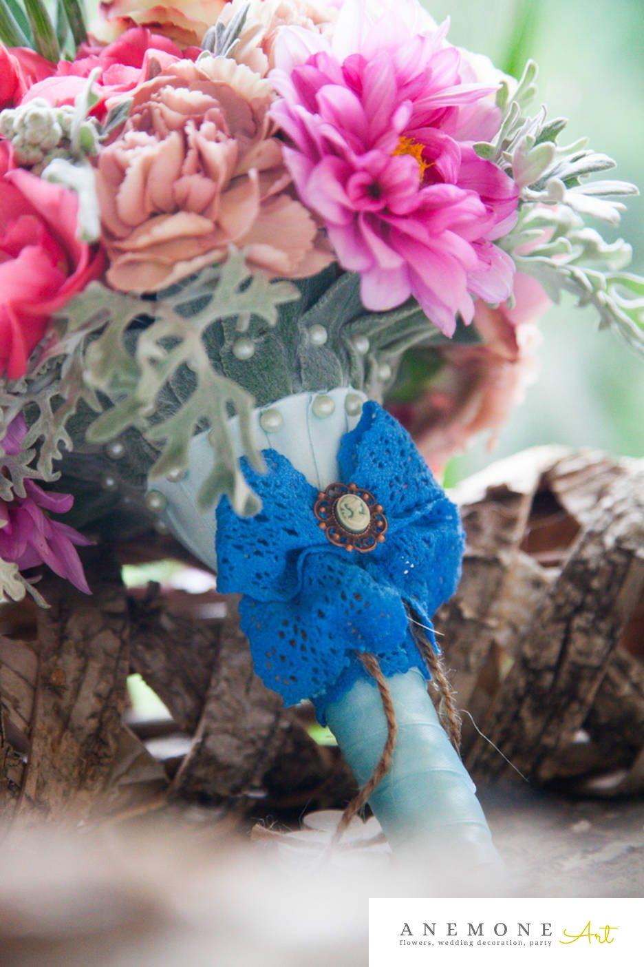 Poza, foto cu Flori de nunta bujori, hortensia, maner buchet in Arad, Timisoara, Oradea (wedding flowers, bouquets) nunta Arad