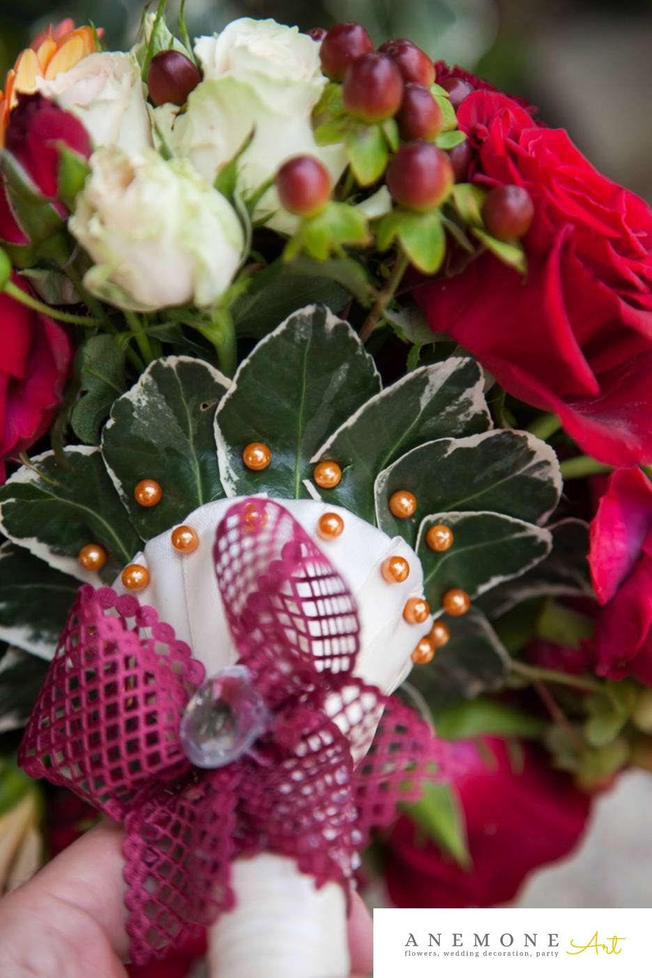 Poza, foto cu Flori de nunta maner buchet, rosu, trandafiri in Arad, Timisoara, Oradea (wedding flowers, bouquets) nunta Arad, Timisoara, Oradea