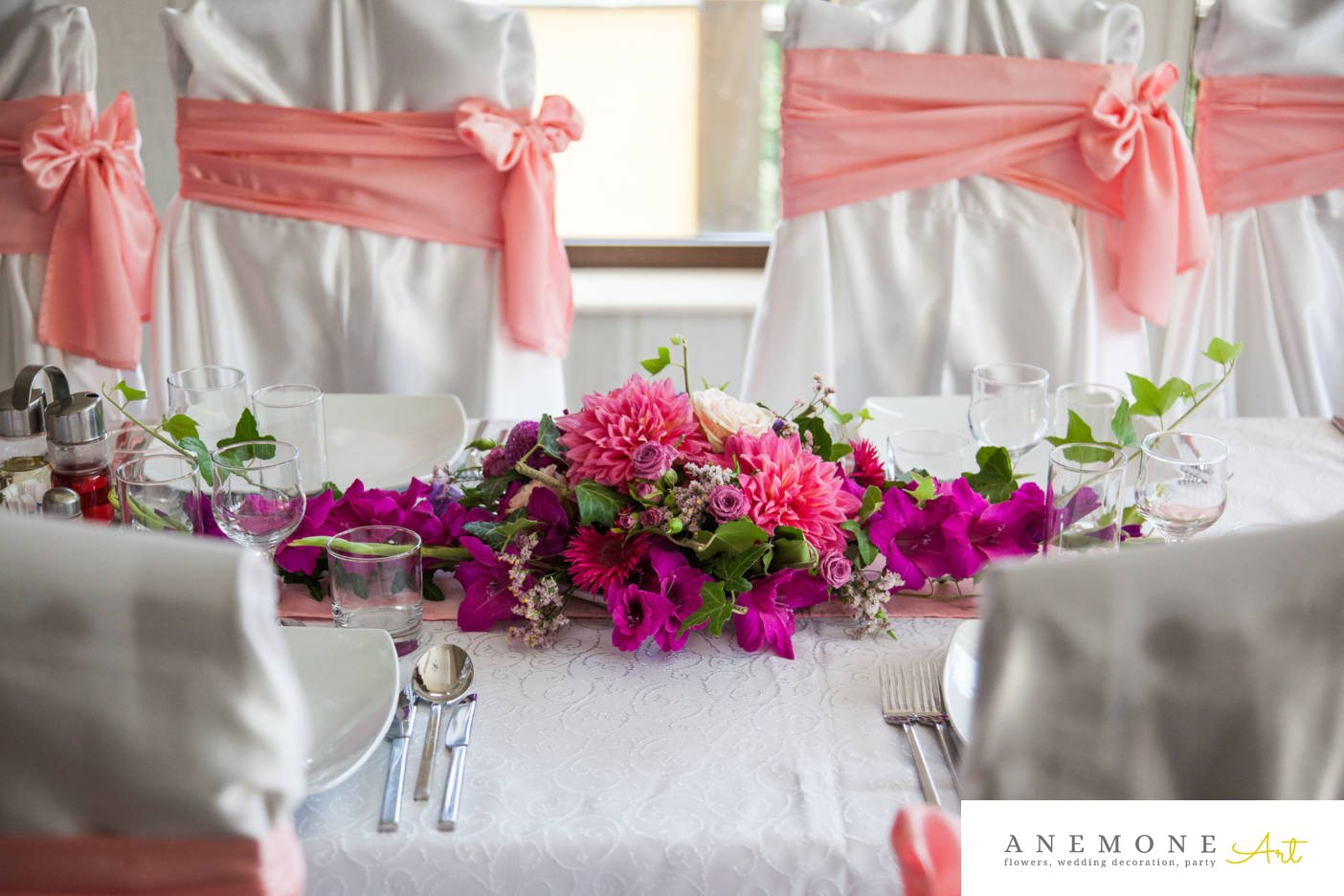 Poza, foto cu Flori de nunta decor masa, hotel central in Arad, Timisoara, Oradea (wedding flowers, bouquets) nunta Arad, Timisoara, Oradea