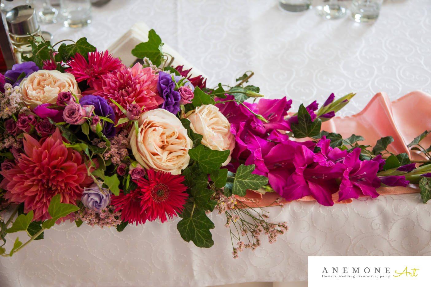 Poza, foto cu Flori de nunta hotel central, prezidiu in Arad, Timisoara, Oradea (wedding flowers, bouquets) nunta Arad, Timisoara, Oradea