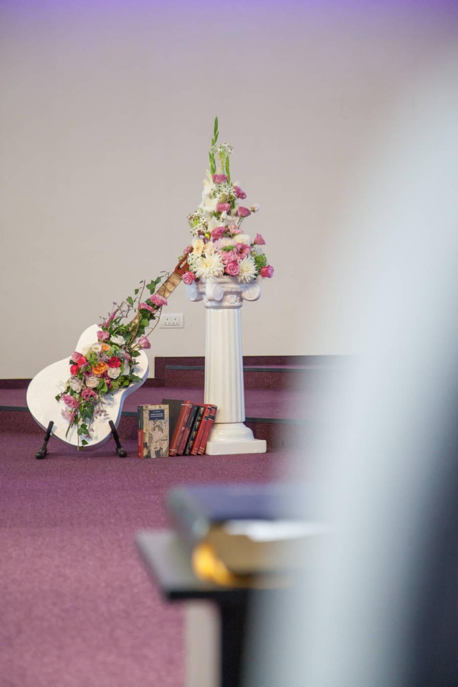 Poza, foto cu Flori de nunta decor biserica in Arad, Timisoara, Oradea (wedding flowers, bouquets) nunta Arad