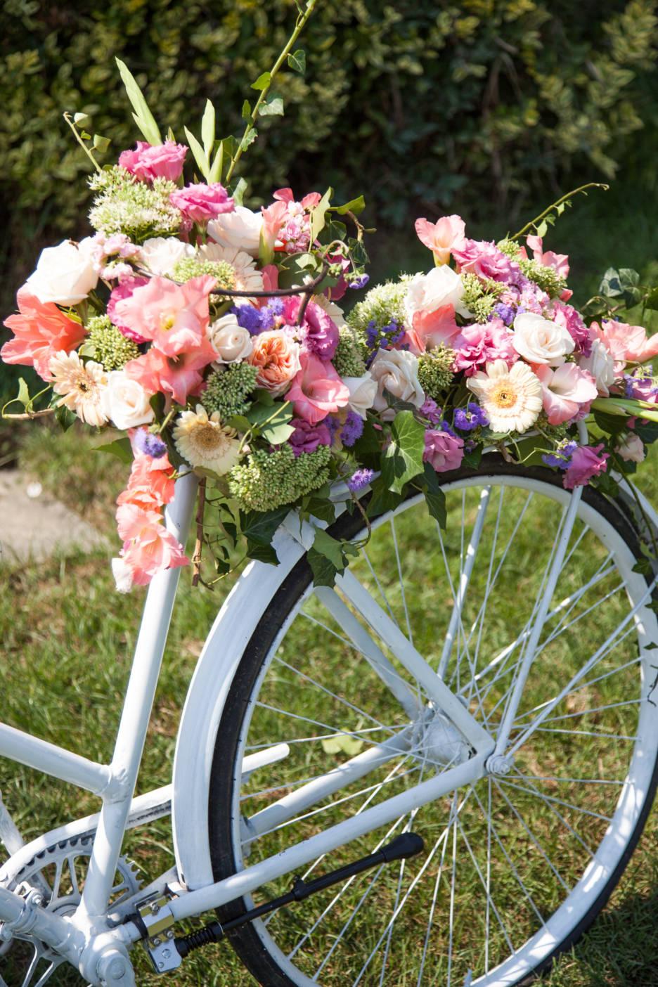 Poza, foto cu Flori de nunta castel domeniul lupas, decor colt photo in Arad, Timisoara, Oradea (wedding flowers, bouquets) nunta Arad
